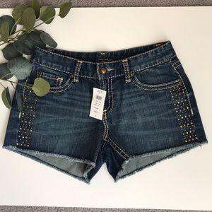 NWT Cache Stud Embellished Raw Hem Jean Shorts